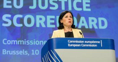 Брюксел не ни е обещавал сигурно отпадане на мониторинга през 2019-а