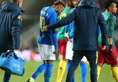Неймар с травма при победа на Бразилия, Аржентина отново надви Мексико