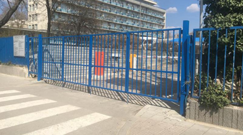 """Отварят нов вход за коли във варненската болница """"Света Анна"""""""