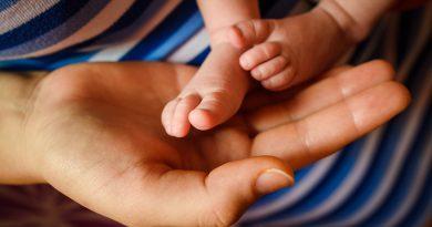 За поредна година най-предпочитаните имена  сред новородените през 2020 г. са Александър и Виктория