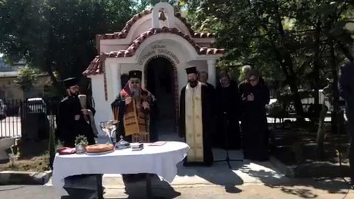 Осветиха новия параклис в двора на АГ-болница във Варна