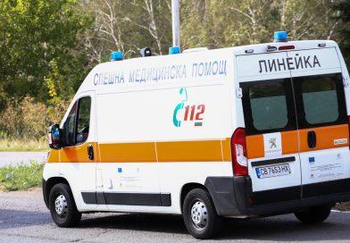 Двама пострадаха след ПТП между товарен автомобил и камион на пътя за Девня